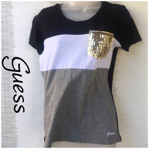 Guess Nwot Blk Gray sequined gold pocket t- shirt